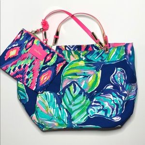 Reversible Lilly Tote